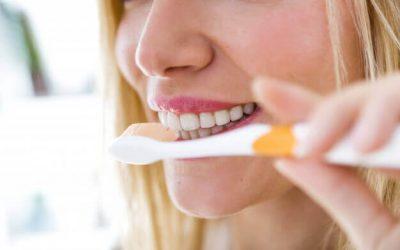 Remplacer une dent avec un kit de dent provisoire